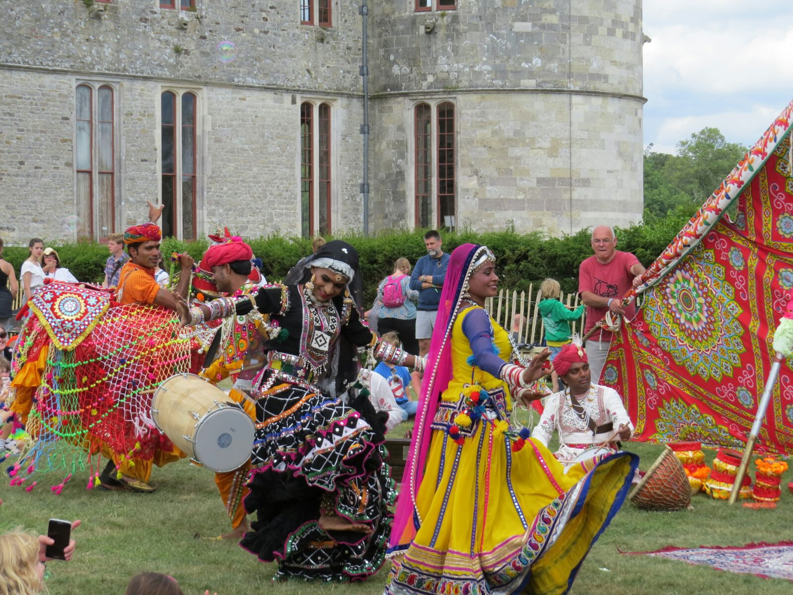 GERONIMO! Rajasthani circus superstars at the UK's largest children's festival